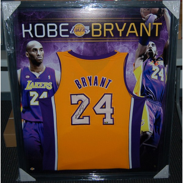Basketball - NBA - Kobe Bryant Signed and Framed LA Lakers Jersey ...