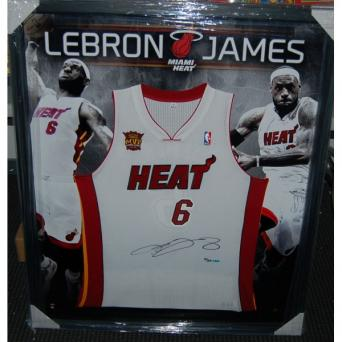 best deals on fb37c 76a9d Basketball - NBA - Lebron James Signed and Framed Miami Heat ...